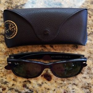Ray Ban Way Farer RB2132